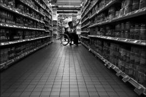 Le supermarché 4: individualisme à outrance dans Histoires à rire jaune handi-supermarch%C3%A9-300x199